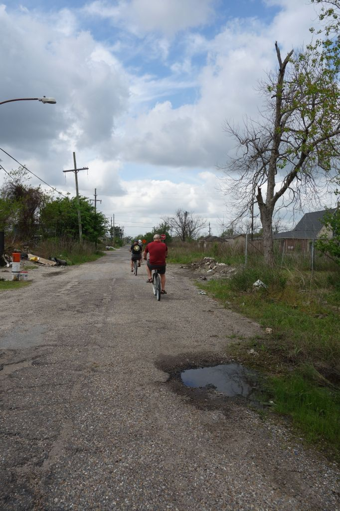The roads in the Lower 9th Road were even worse than New Orleans' roads in general. Something that I did not think was possible.